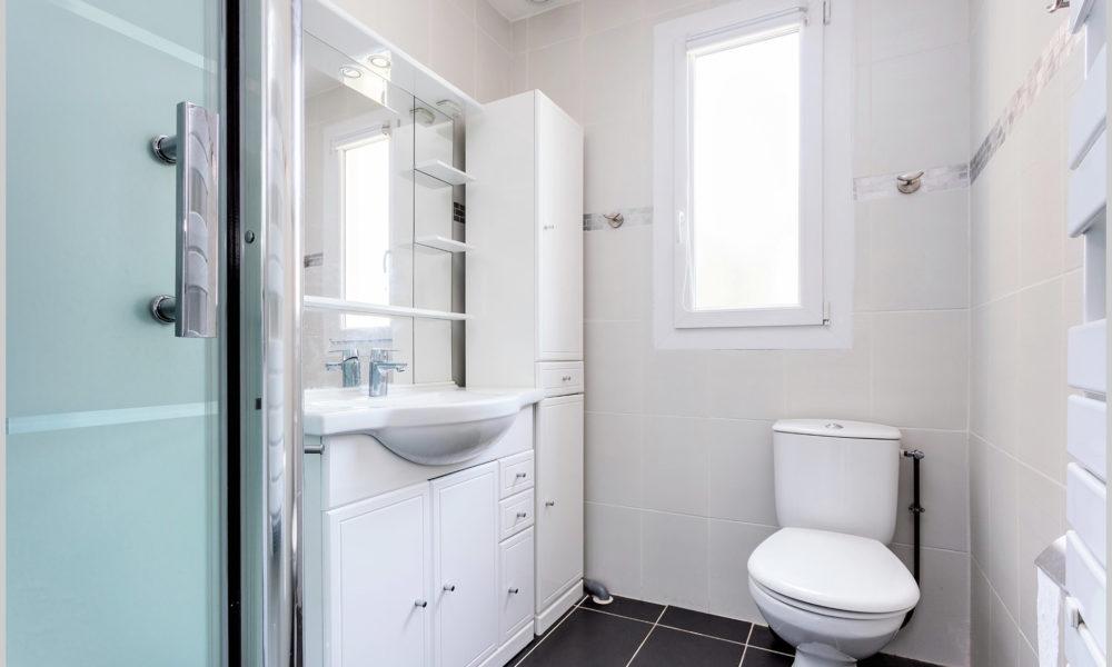 villa cassin montpellier salle de bains etage