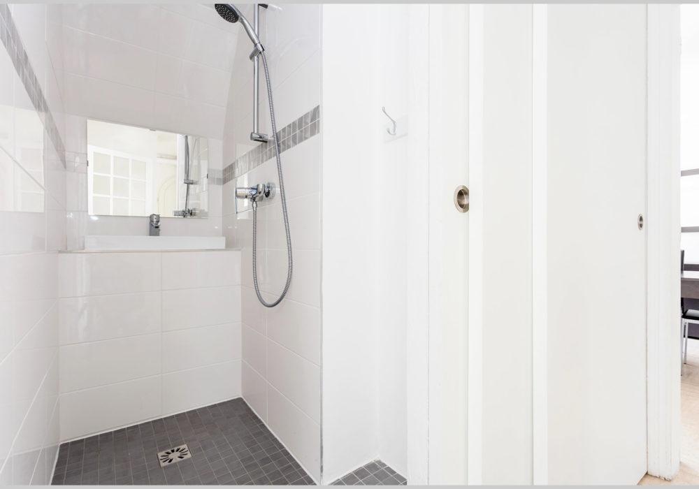 Photo  villa cassin montpellier salle de bains rez de chaussee