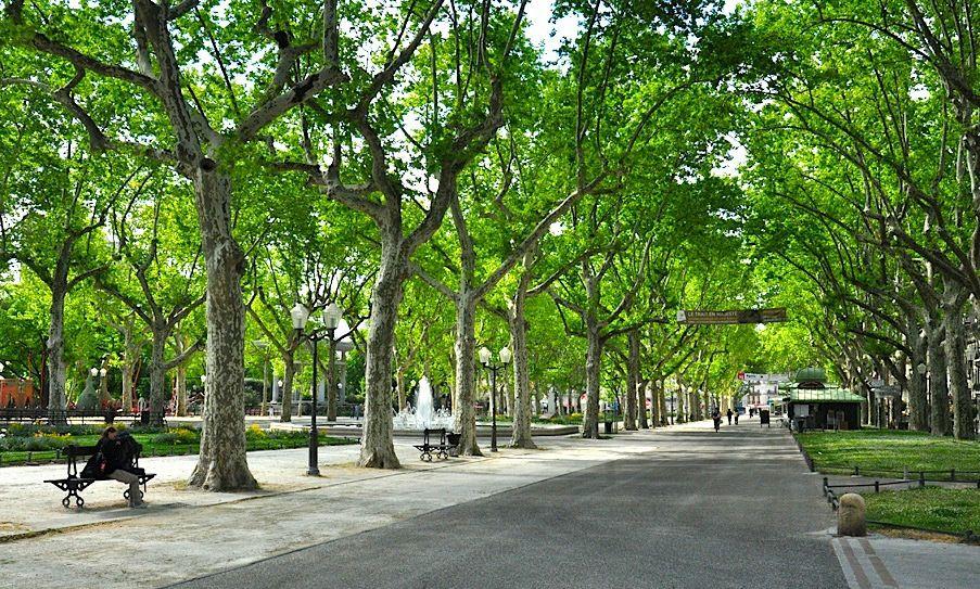 Esplanade Charles de Gaulle montpellier